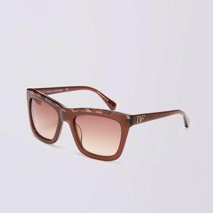 NWT Diane von Furstenberg Brown Tessa Sunglasses